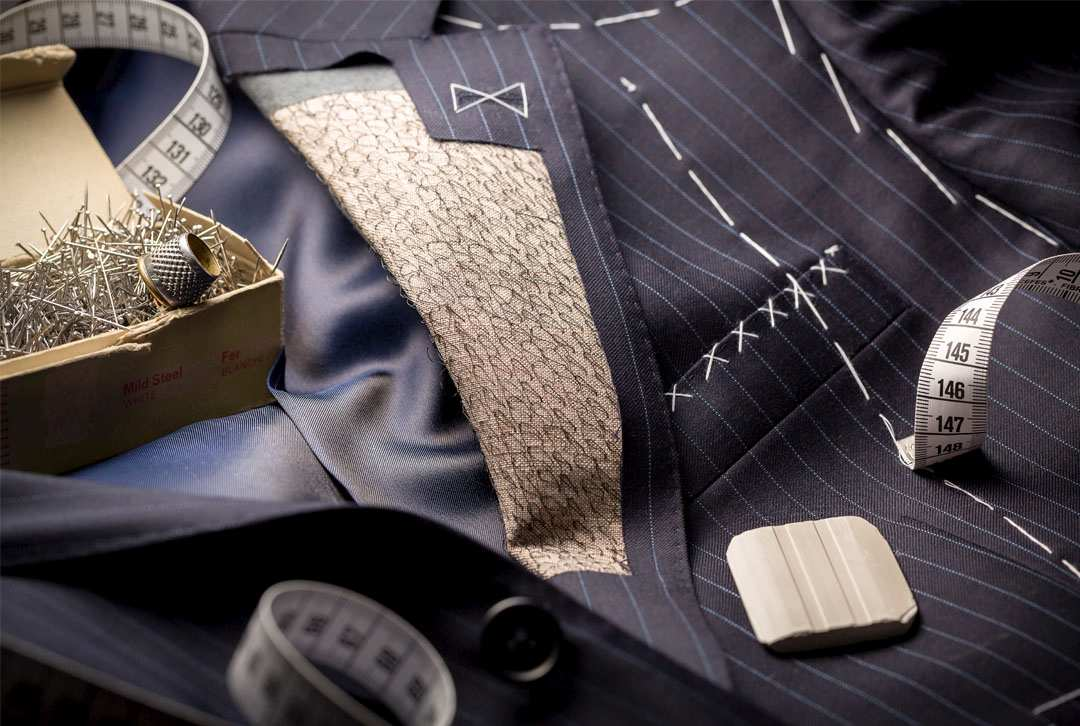 Tailored suit to symbolise the difference between template and custom websites
